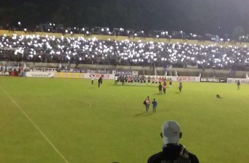 Para Pemain dan Fans Saat Merayakan Kemenangan Diiringi Sorak Soria Lagu PSIS